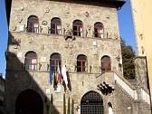 palazzo vicario sede del comune